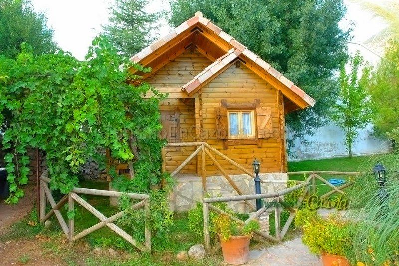 Caba as de madera los pinos fotos arroyo fr o la iruela - Casas rurales de madera ...